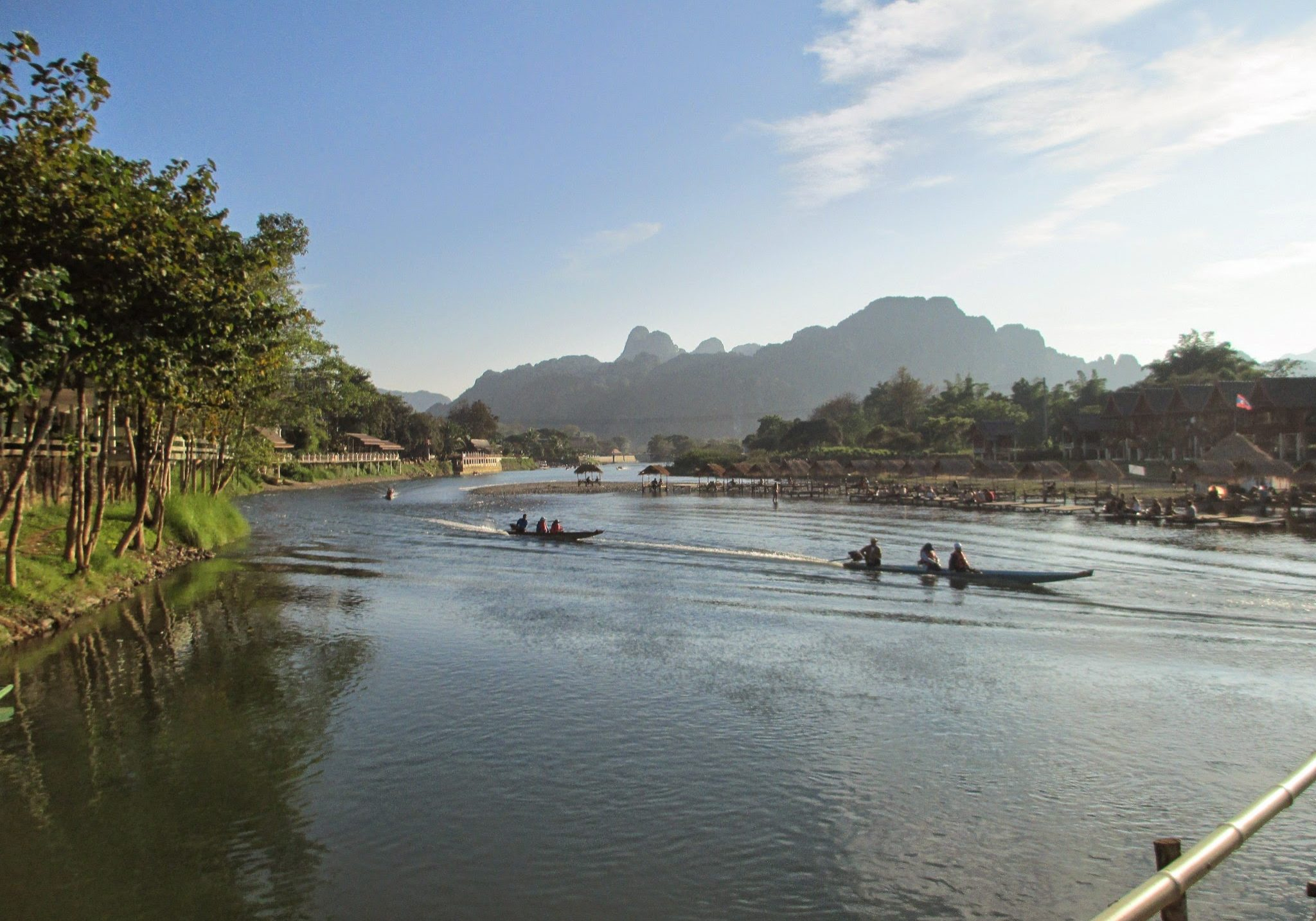 Vang Vieng, river, laos, mountains, forest, boats, sunset, asia, south east asia, travels, travelling, backpacking,