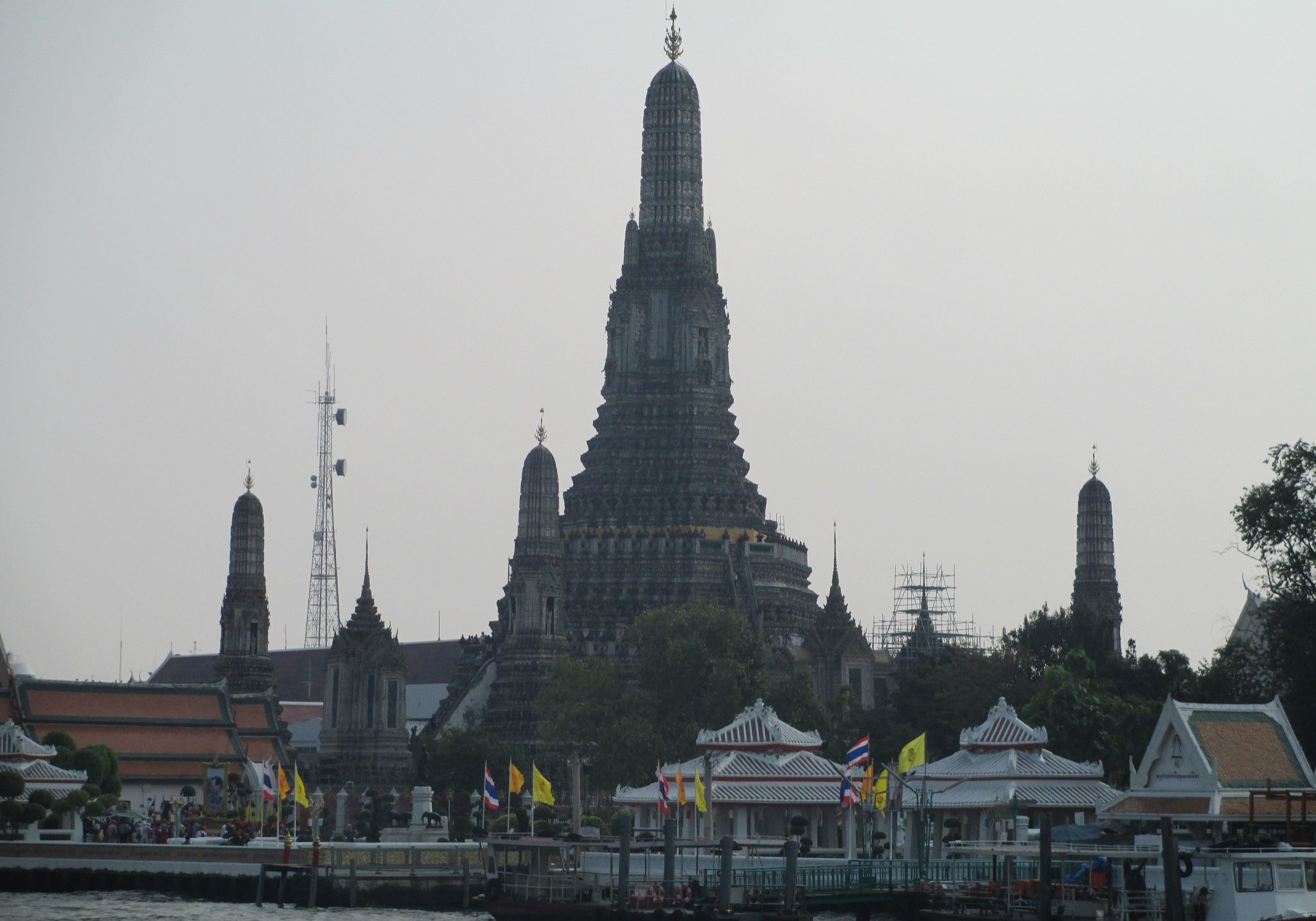 Wat Arun, bangkok, thailand, travelling, travels, backpacking, temples, temple, view, river,