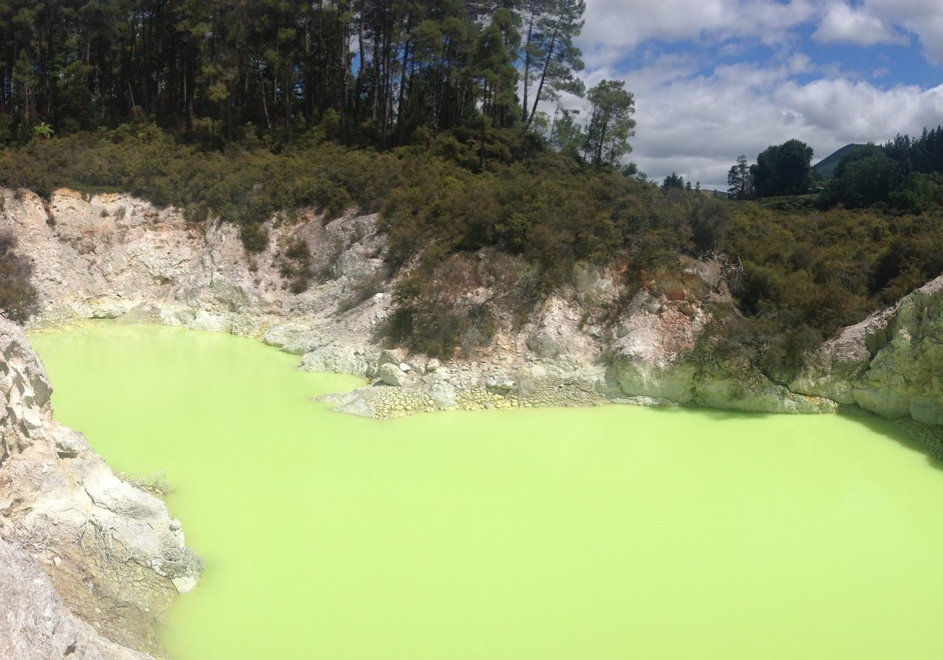 Wai-O-Tapu, thermal, thernal parks, thermal activity, sulphur, new zealand, things to do,