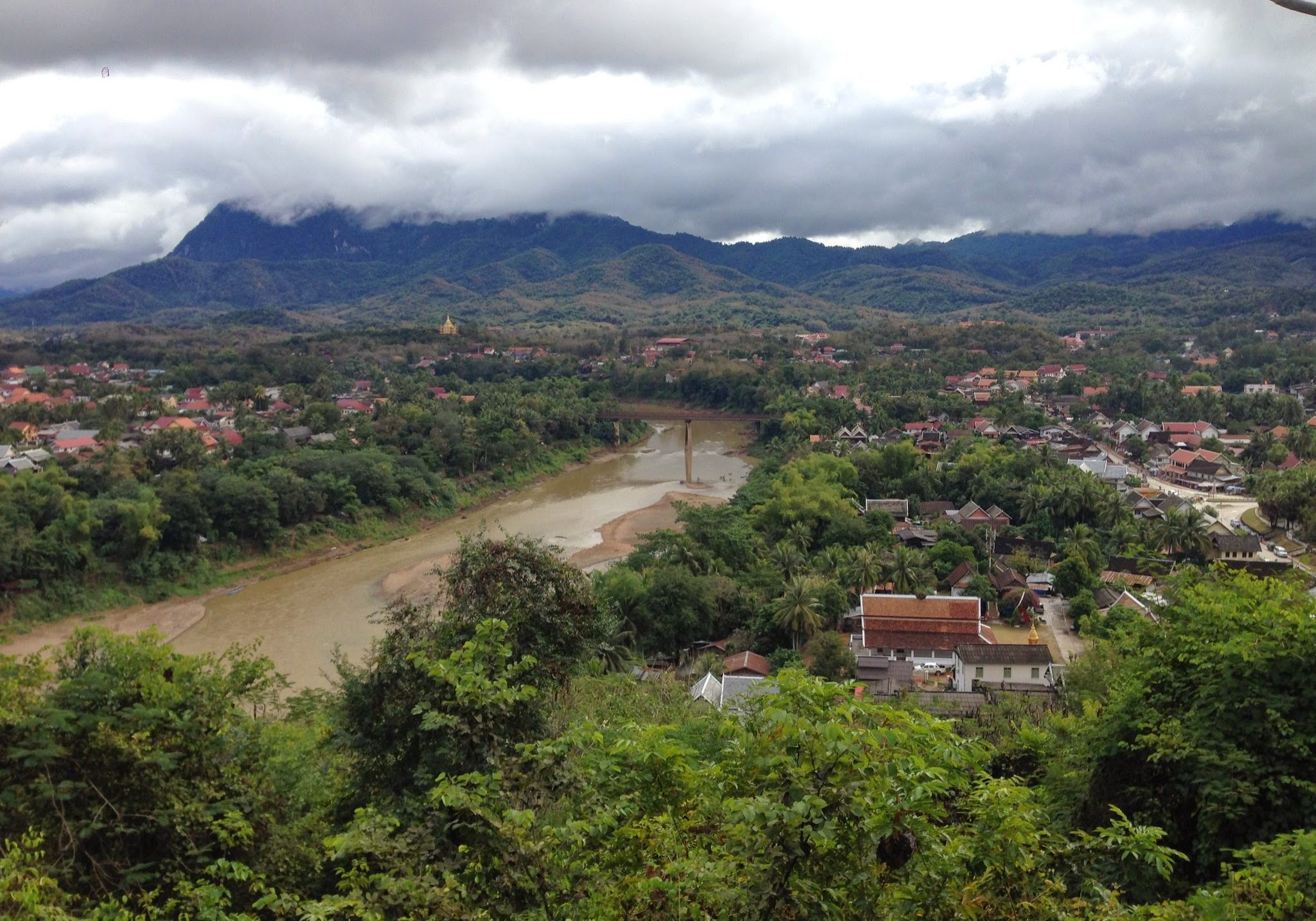 Luang Prabang, laos, mekong, travels, backpacking, travelling, south east asia, asia, mountains, forest, river,